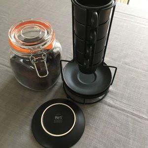 Pier 1 - 4 cup & saucer Espresso Set